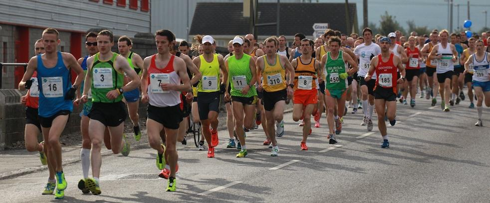 The start of the Charleville International Half-Marathon being led out by Mark Hanrahan Leevale AC (Pacer) 3